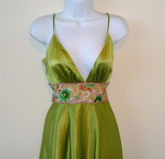 chartreuse, size medium, silk, beads, sequins, gypsy, designer, redhead, party, wedding, sexy, alluring, green, floral