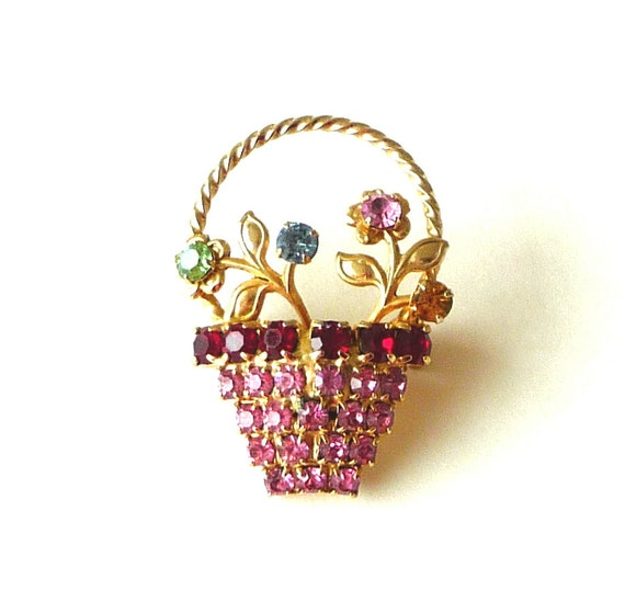 pin, 1950s, brooch, spring, summer, basket, flowers, floral, gold tone, sparkle, stones, hostess gift