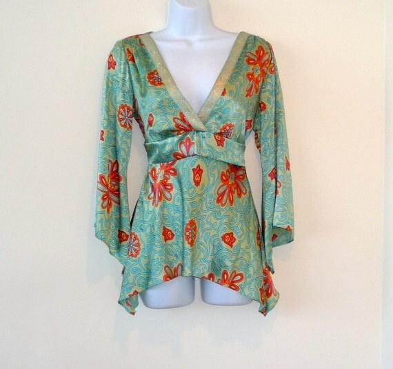 silk, charmeuse, gypsy, size medium, redhead, boho, bohemian, resort, psychedelic, retro, plunge neck. bell sleeves, floaty, girly, feminine