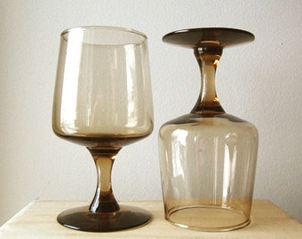 Vintage Pair of 1970s Mod Wine Glasses Seventies Smoke Brown Barware Drink Cocktail.
