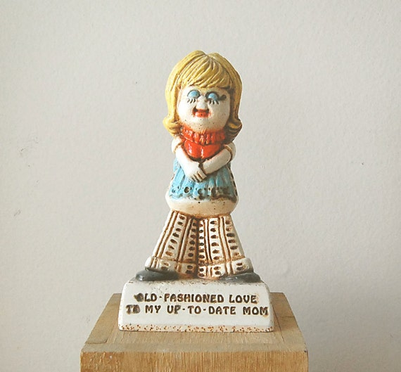 Vintage 1970s Mom Gift Figurine by Paulas Whatchamacallits.