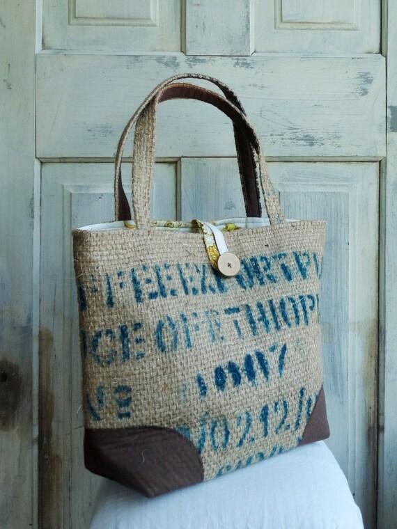 SALE. LeAH tote bag. Upcycled tote. Grocery bag. Everyday bag. Book bag. Burlap. Retro yellow floral liner.