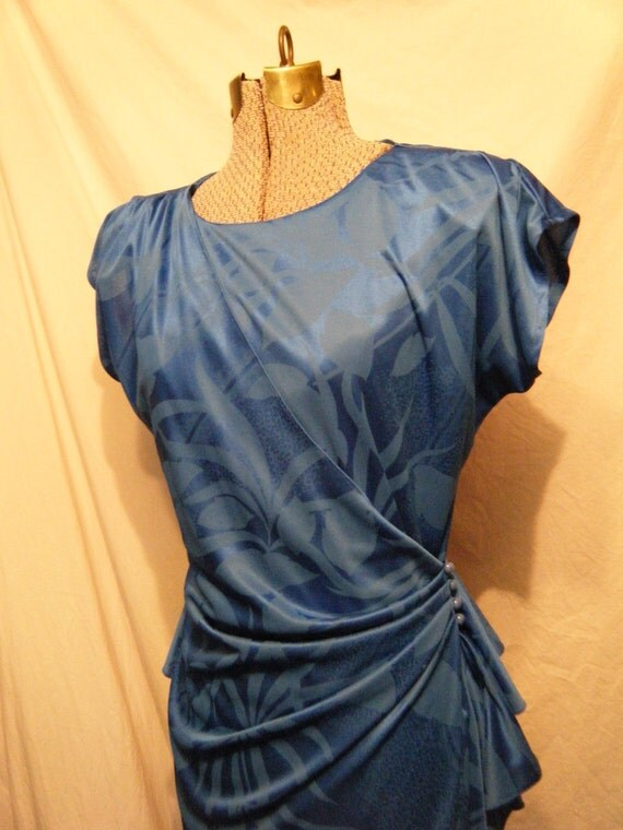Show me Your Blue Side vintage 1980s Wrap dress with Peplum and buttons Medium
