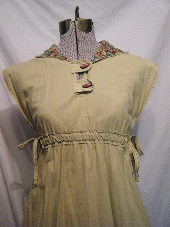 Welcome To Woodstock vintage 1970s Hooded tunic Dress with Toggle Buttons and side ties Small
