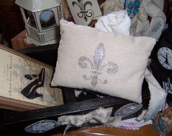 Small Glittery Fleur de lis shelf pillow Shabby chic, Paris decor,French decor,Paris decoration,Paris bedroom decor