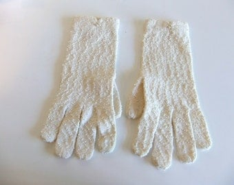 ladies Gloves Wrist Ivory