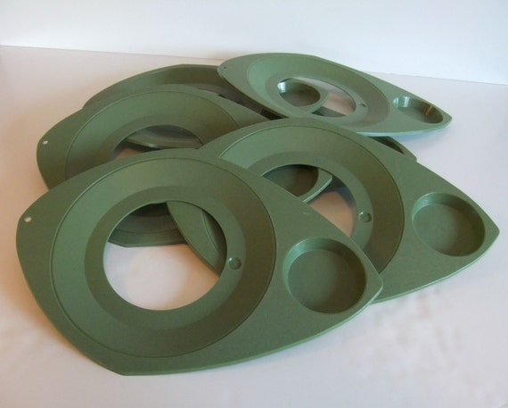 Vintage Plate Holder // Paper Plate Holder // Olive Green Plastic Paper Plate Holder