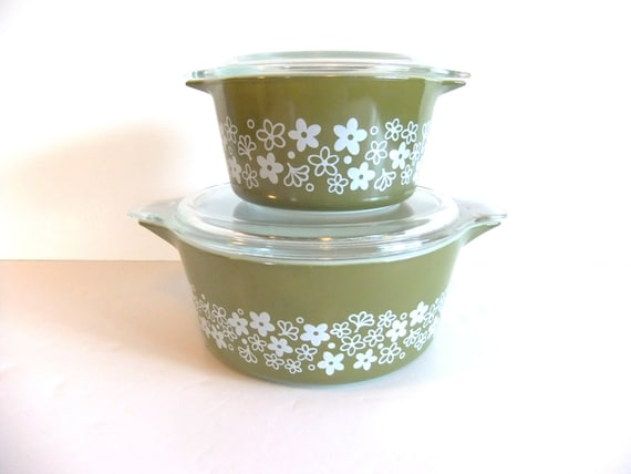 Reserved, Vintage Pyrex Covered Dish // Caserole Dish // Spring Blossom Avocado and White Pyrex Covered Casserole Set
