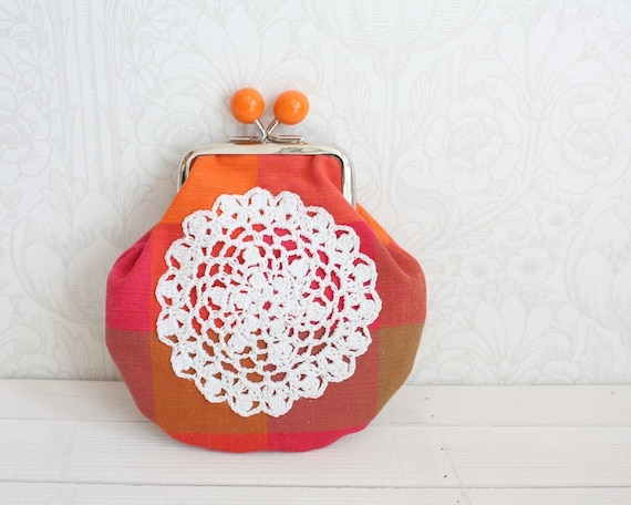 coin purse with vintage lace, red&orange