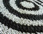 Black and White Round Toothbrush Rug
