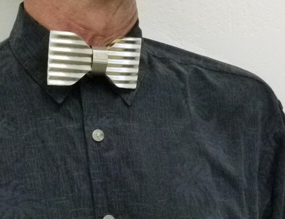 Metal Can Recycle, Neck Bow Tie