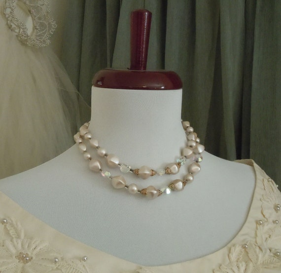 Vintage RETRO 1950's PEARLY Beads and CRYSTAL Beads Necklace FRee Shipping