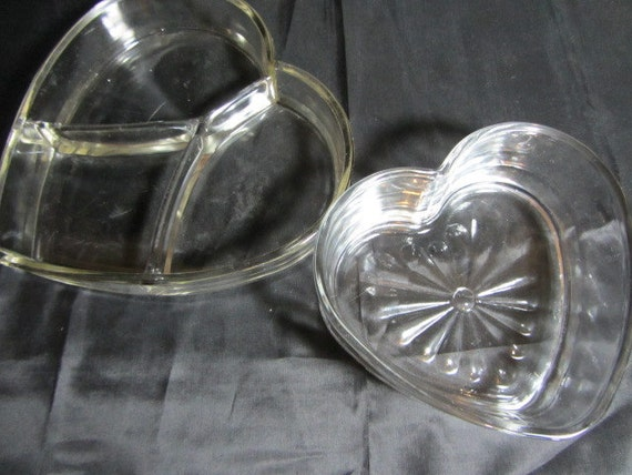 2 Glass Heart Shaped Serving Dishes, Clear Glass Serving Dishes, Glass Candy Dishes, Wedding Dishes, Love Bowls, Wedding Candy Bowls