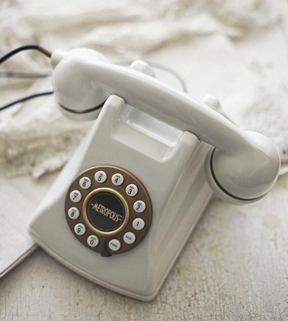 metropolis phone