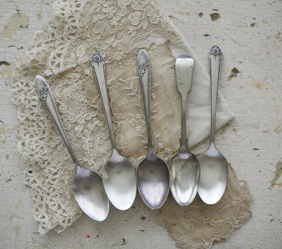 mixed silver plate teaspoons