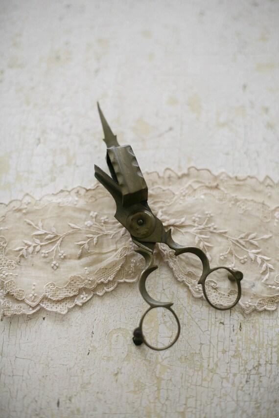 old wick cutter