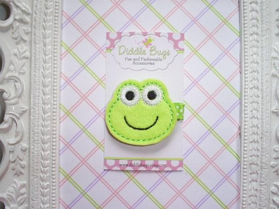 Happy Little Green Frog Hair Clip