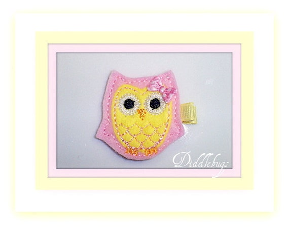 Girls Hair Clip - Pink Lemonade Owl With Her Pink Bow Hair Clip