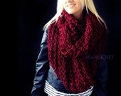 Chunky Scarf / Chunky Infinity Scarf / Knit Infinity Scarf / Burgundy Scarf / Burgundy Infinity Scarf / Circle Scarf / Gift for her / Red
