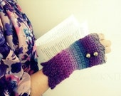 Fingerless Gloves with Buttons Purple Green Fingerless Gloves Crochet Gloves Womens Fingerless Gloves, Gift for Her, Womens Gift, Fingerless
