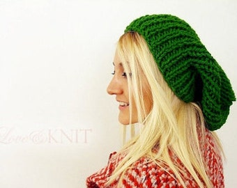 Slouchy Hat Kelly Green Knit Hat Hand Knit Slouchy Hat Womens Beanie Slouchy Beanie Emerald Green Chunky Beanie Womens Gift for Her