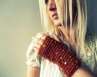 Knit Fingerless Gloves / Crochet Fingerless Gloves / Fingerless Gloves / Texting Gloves / Gift for her / Girlfriend Gift / Womens Gift Heart