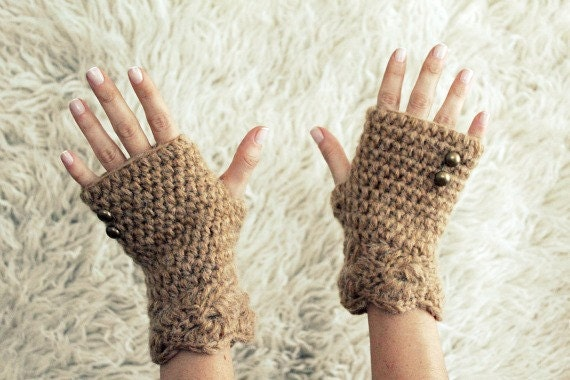 Fingerless Gloves, Womens Winter Gloves, Half Finger Gloves, Beige Fingerless Gloves with Button, Alpaca Fingerless Gloves, Gift for Her