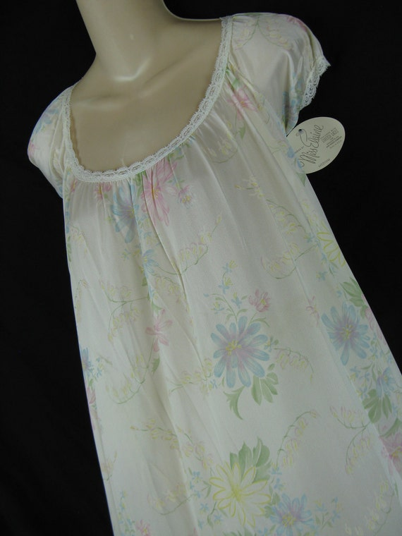 1970's floral nightgown. miss elaine. romantic long gown.medium. new old stock.