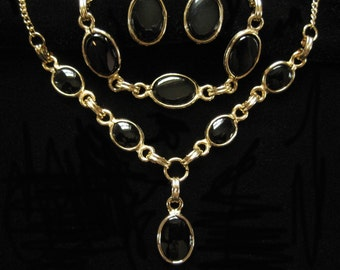 Black and Gold Tone Oval Glass Parure