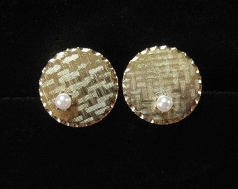 Mid Century Textured Gold Tone Cufflinks with Faux Pearls