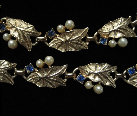Sagitaria Leaf Demi, Gold Tone Necklace and Bracelet