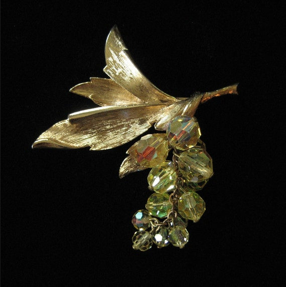 1970's Gold Tone Leaf Brooch with Dangling Yellow AB Crystals