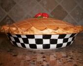 Ceramic clay pie keeper baking serving dish