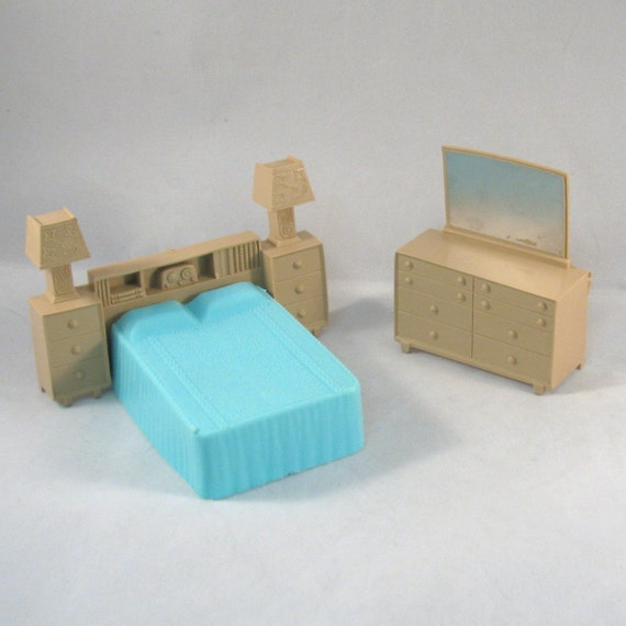 Vintage 2 Piece 1950s Superior Doll House Funiture Bed Room Set