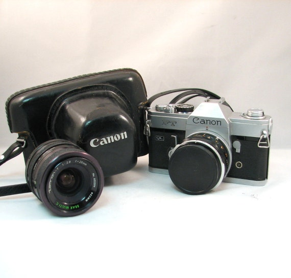 Vintage Canon FT QL 35mm w/ Case and Additional Tamron Lens