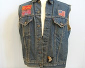 1970s Vintage BIG E Levis Distressed DENIM Biker Vest with Harley Davidson Patch