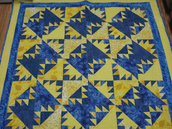 Patchwork Quilt Blue and Yellow Kansas Troubles lap or throw quilt