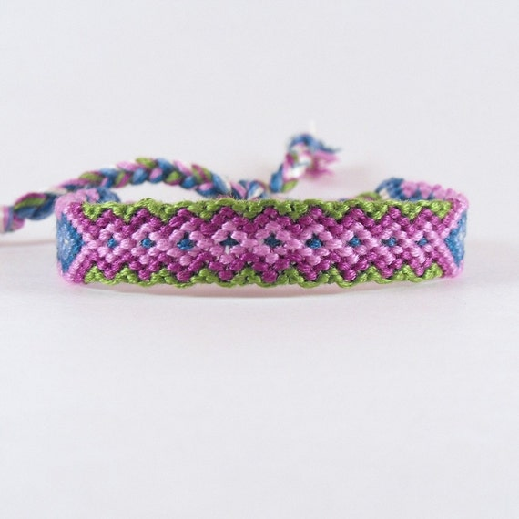 Friendship bracelet, Micro Macrame, Cool Diamonds