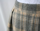 RESERVED for vintagefromfinland - Vintage Plaid Wool SKIRT - Sz Small