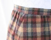 RESERVED for vintagefromfinland -  Vintage Pendleton WOOL SKIRT - Sz Small