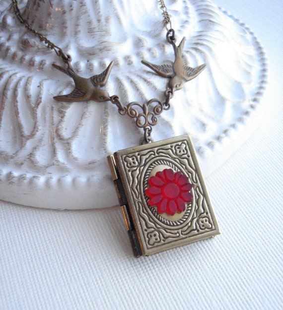 Book Locket Necklace, Vintage Style. Bird Necklace, Flower