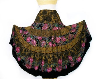 Vintage Circle Skirt, Floral print 80s Maxi skirt, Sweeping skirt  M/L