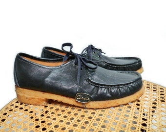 70s Shoes Genuine Leather Lace up Clarks Moccasin Navy blue Made in Italy Women Size 7.5M