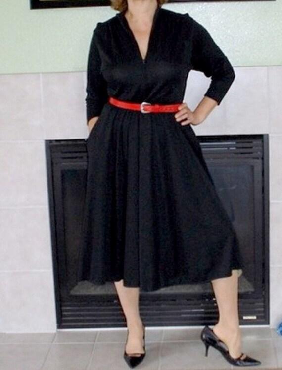 SALE Vintage 50s Black Dress Erna BEVERLY HILLS Full skirt, Fall Fashion Dress