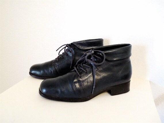 SALE Navy Blue Leather granny ankle boots pixie women 6.5M