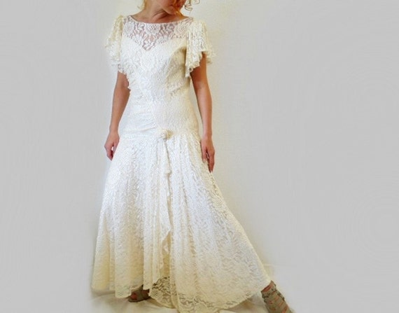 Vintage 1980s Lace Dress, Flapper cream white ruffle Wedding dress Size M