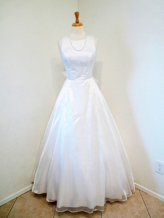 SALE Vintage 1950s Wedding Dress Emma Domb Bridal Gown. Romantic. White Wedding Size S