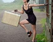 VIVIENNE - Fuchsia and Black Lace Dress