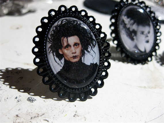 Edward Scissorhands Mini Ring