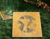 Natural Stone Trivet / Hot Plate - Hummingbird on Buff Slate